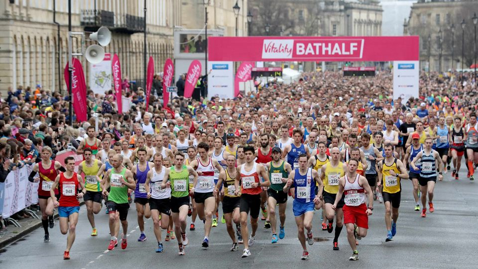 runners at Bath Half