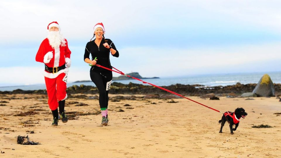 North Berwick Santa Beach Run