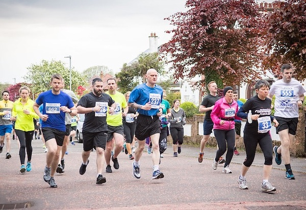 Runners at Helensburgh 10K