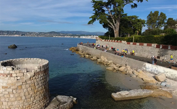 action from the French Riviera Marathon