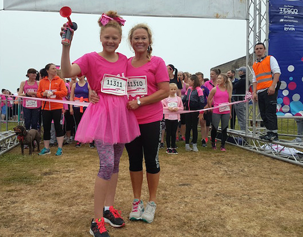 runners at Aberdeen Race For Life