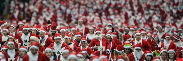 Runners At The Cleethorpes Santa Stride
