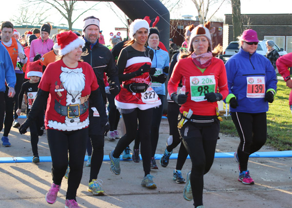 runners in festive red at the Reindeer Run