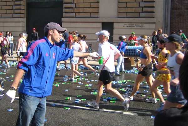 /images/runtalk/2018/boston-cups-600.jpg